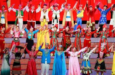 庆祝宁夏回族自治区60周年晚会举行