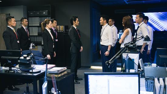 郑嘉颖称反贪3是全新挑战 角色非黑即白很直接