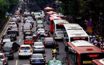 中秋高速通行不免费 这些路段易堵或施工管制