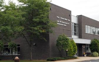 美国3学生在学校附近遭雷劈 校长表示31年头一回