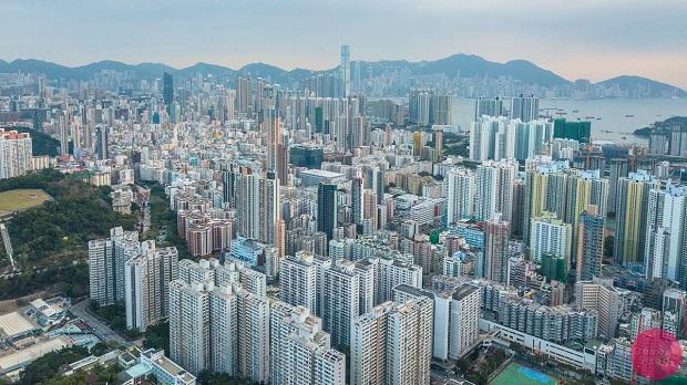 全球最炽热房市降温 中国香港地产商自救