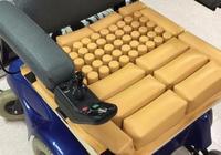 科学家研发的特殊轮椅坐垫可以有效防止皮肤溃疡