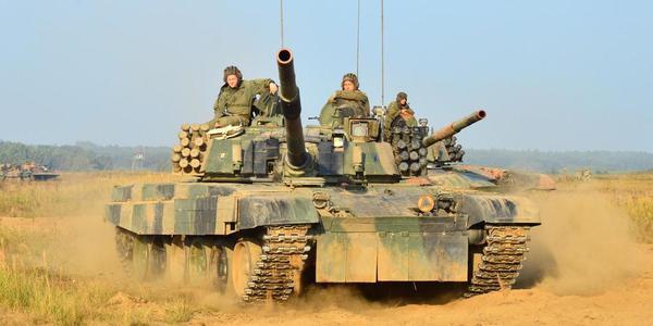 波兰陆军装甲旅举行战术演习