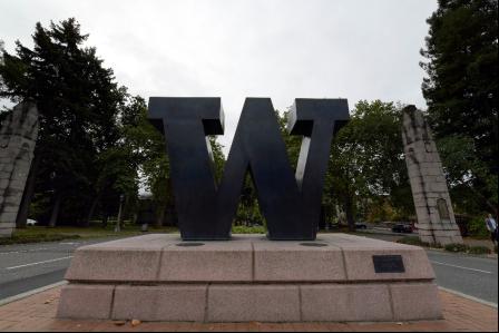 华盛顿大学廊柱