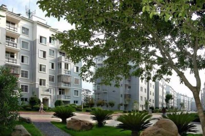 我省首个公寓式高山移民安置区15周岁啦