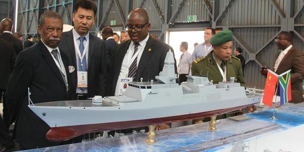 """""""中国防务""""组团亮相南非防务展 推销神盾舰"""