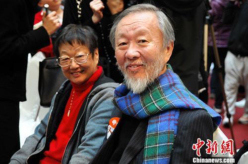 香港各界对高锟逝世深表哀悼:为人为学皆为楷模