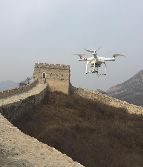 美媒:中国若用AI和无人机修复 长城还能存在几百年
