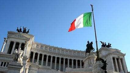 新安全法令通过 意大利政府被指驱逐移民更方便