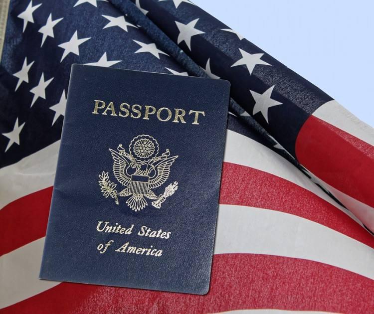 美国拟收紧绿卡身份认定 领过非现金福利将减分