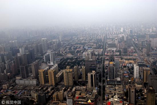 2014年07月05日,航拍河北省省会石家庄城市建设。在成为省会之前,石家庄只是一个小城市/视觉中国