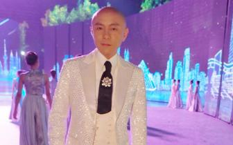 张卫健黄绮珊央视中秋晚会同台献唱《东方之珠》
