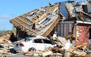 加拿大多地遭龙卷风袭击