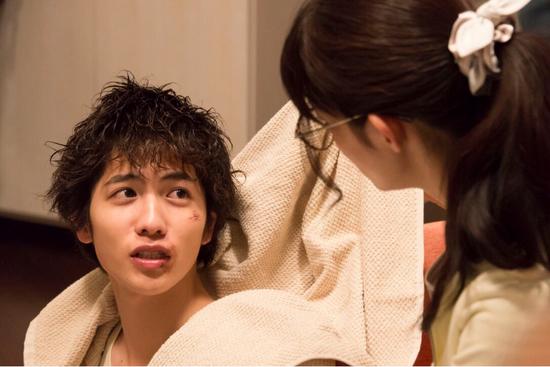 日剧《宠物情人》里也有一个甜到齁的姐弟恋故事,日剧中时常出现姐弟恋情节,从另一个角度证明了日本大众对此接受度较高/《宠物情人》剧照