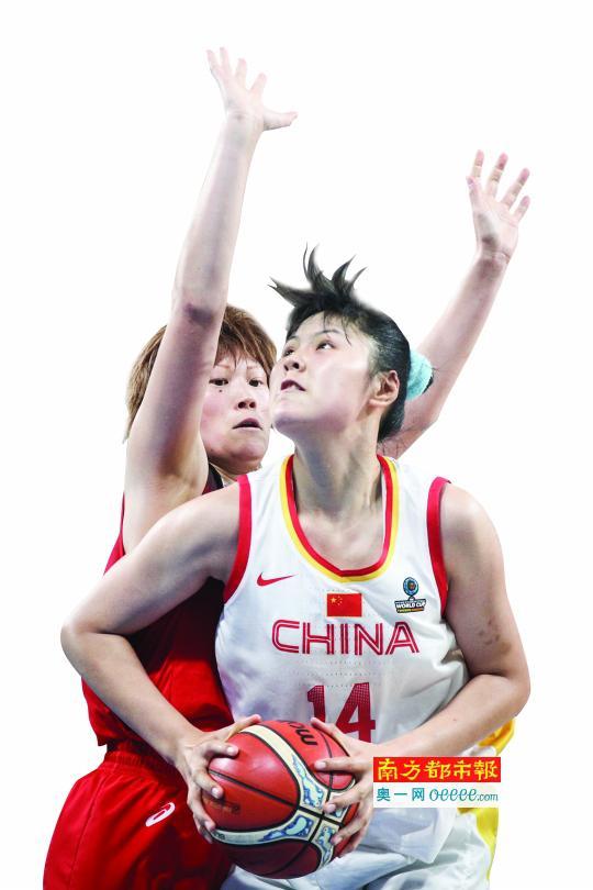 广东女篮三女将立奇功 合砍42分助中国逆转日本