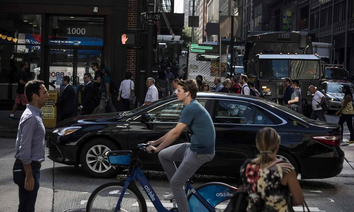 行人死亡人数攀升 美交通机构建议对汽车安全整改