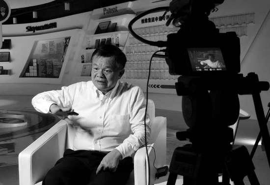 """""""彩电大王""""黄宏生造车:企业要解决社会痛点"""
