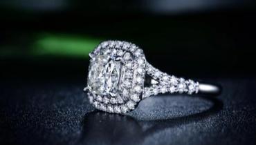 佩戴钻石有何好处?佩戴时需注意这三点