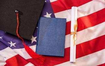 排名高城市好 本科阶段留学美国学校到底怎么选