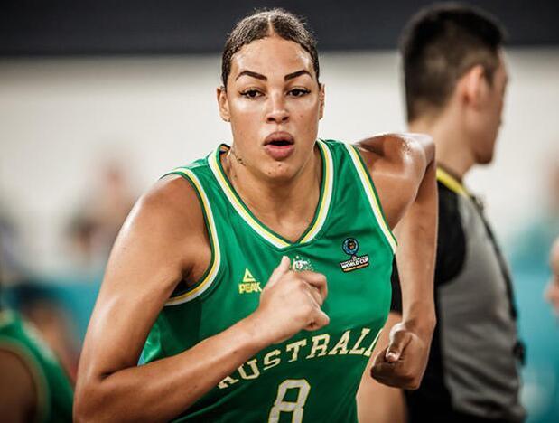 女篮-正面硬刚世界第一中锋,中国女篮今晚胜算几何?