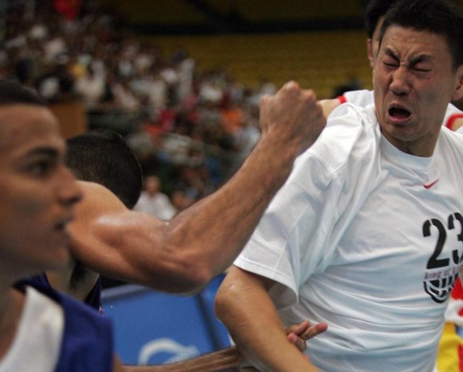 从善于打架的火爆球员到沉稳金牌教练,楠哥十年逆袭史