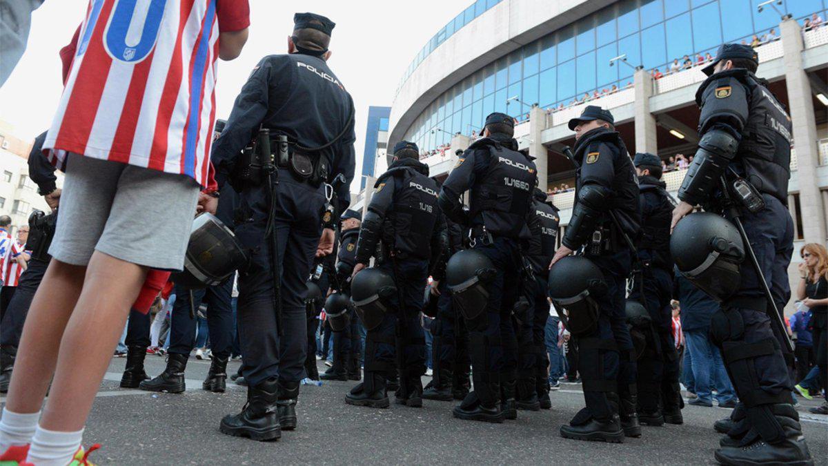 马德里德比引7万人观战 地方增千人安保防止骚乱