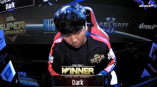 Dark:我认为神族是最强的 但神族选手们都不太行