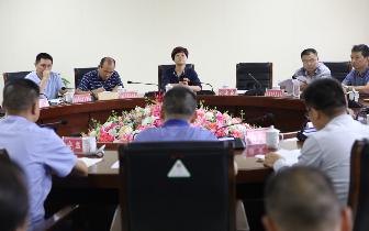 刘永珍副市长带队检查韶山国庆安全工作