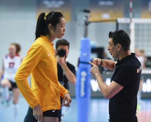 女排世锦赛中国次战土耳其 朱婷古德蒂师徒对决