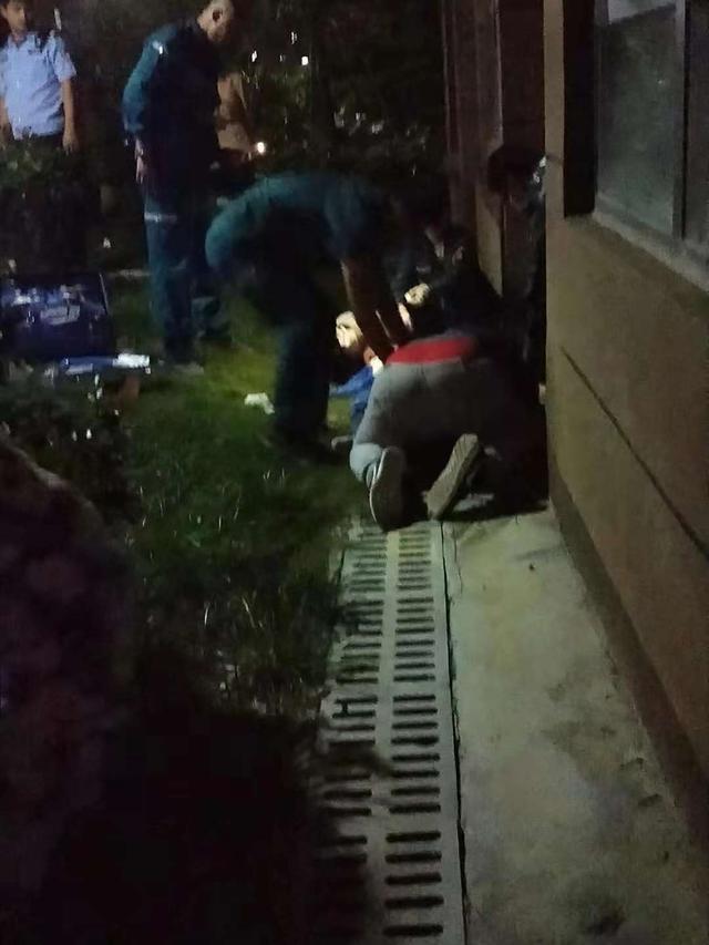 郑州一家人刚刚搬入新房,父亲接个电话功夫,9岁孩子从24楼坠下
