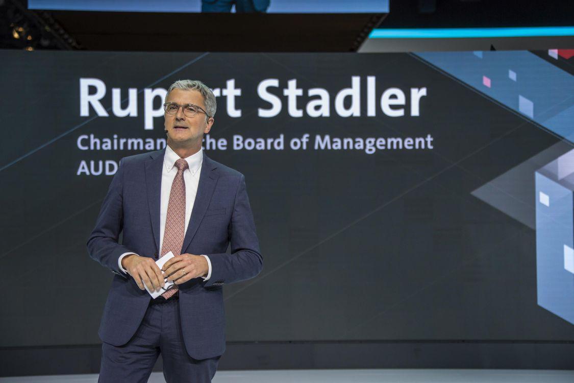 大众集团推迟做出辞退奥迪前CEO施泰德决定
