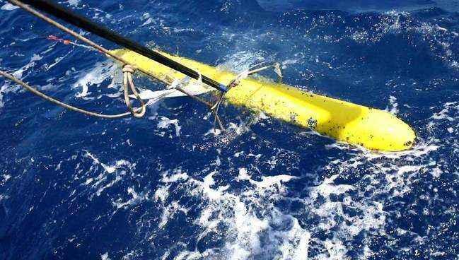 """""""海翼1000""""声学水下滑翔机完成南海联合试验"""