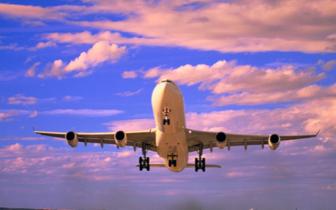 国际油价上涨影响 厦多家航空公司将上调燃油附加费