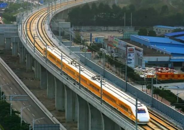 10月4日全国铁路预计发送旅客1280万人次