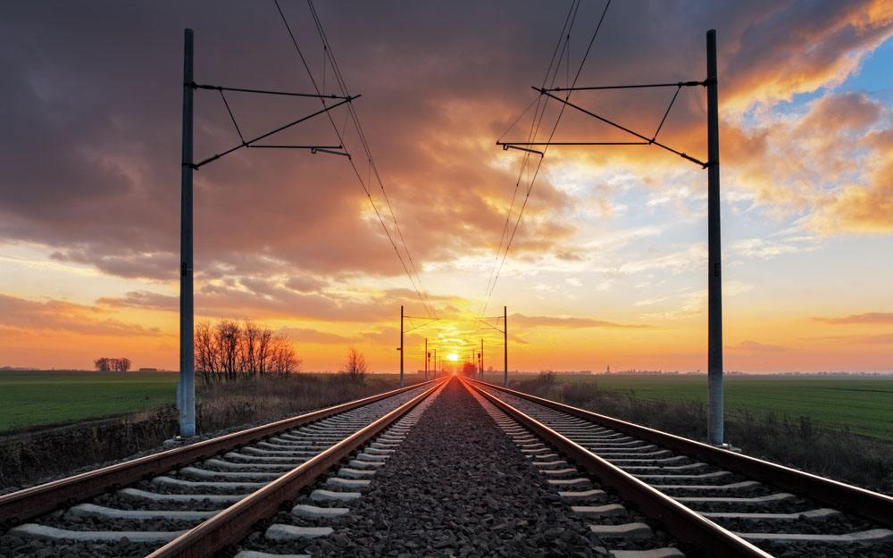 铁路出行仍处高位 各部门加强假期应急保障