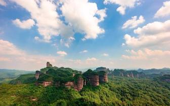 大自然的鬼斧神工——韶关丹霞山