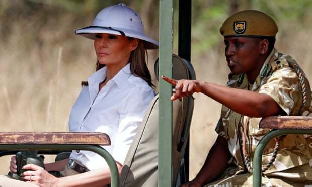 """美第一夫人首次单独出访 却因一顶遮阳帽被""""群嘲"""""""