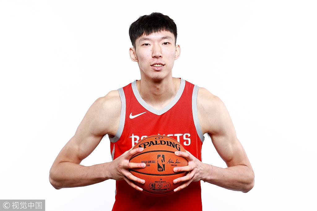 周琦:希望在世界顶尖联赛中 展示中国球员的能力