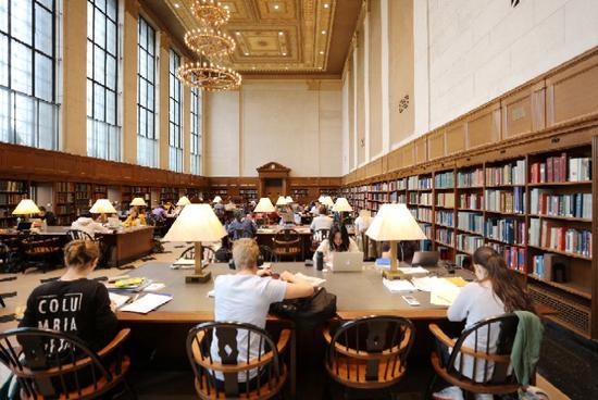 哥伦比亚大学图书馆(周成刚/摄)