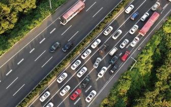 国庆期间 泸州共查处交通违法行为3340余起