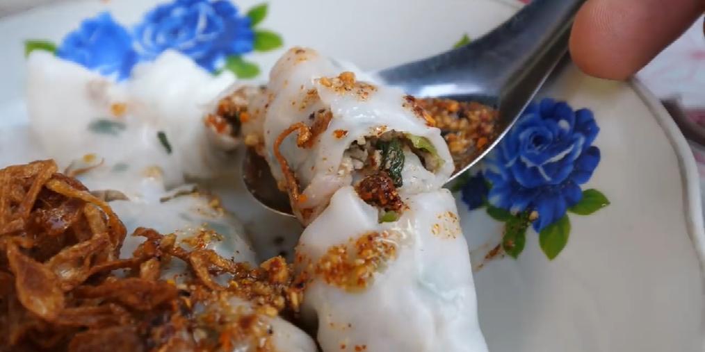带你品尝琅勃拉邦街头美食——肉末肠粉
