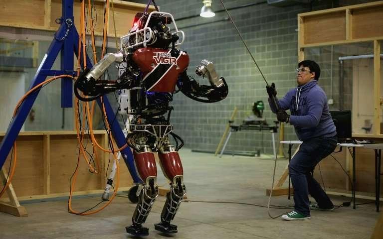 惊喜还是恐惧?这些机器人越来越像人了