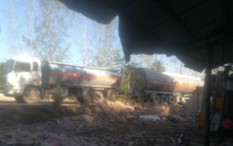 渑池县33吨柴油罐车发生侧翻 县乡村三级联动排险