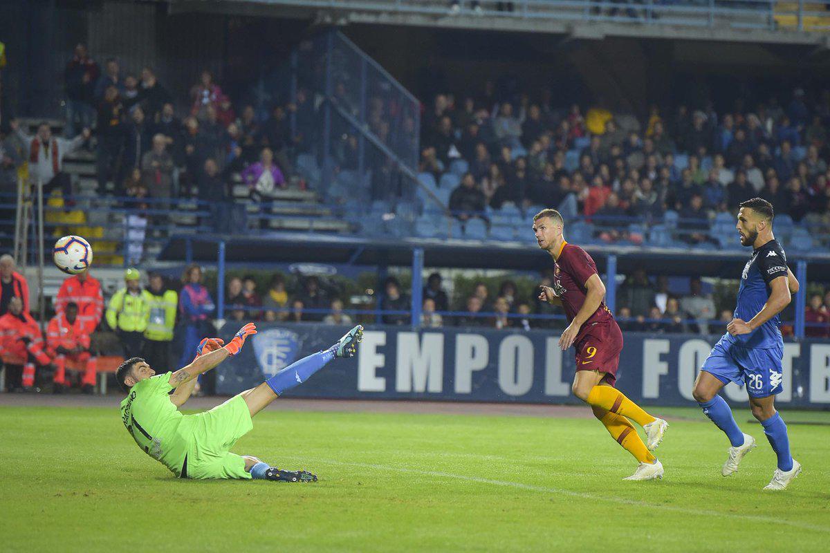 意甲-罗马2-0豪夺4连胜 那不勒斯闪电破门2-0获胜
