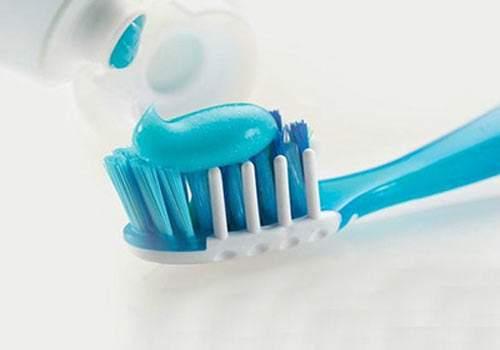 """究竟要不要""""氟""""?含氟牙膏可以预防龋齿吗"""