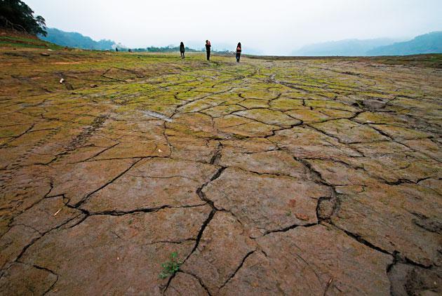 升温相差0.5摄氏度 中国干旱灾害损失差千亿元