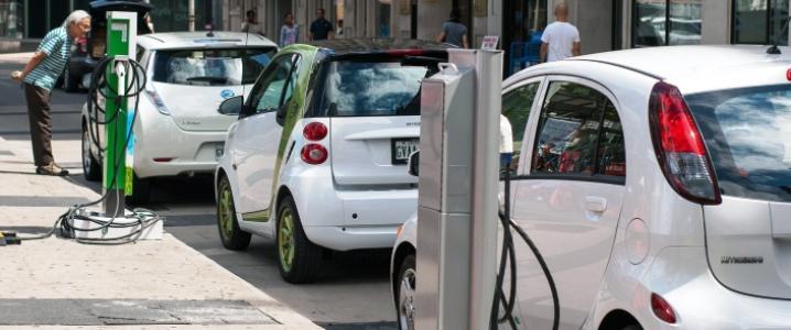 评论:全球油价上涨成电动车销量上涨刺激因素