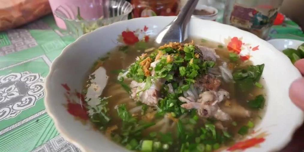 带你品尝琅勃拉邦街头美食——KhaoPiak