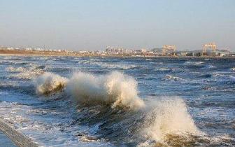 福建沿海现9级以上大风 平潭赴台航线再�:�