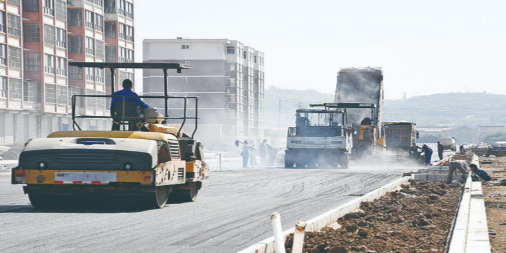 闻喜西湖路南延道路正在施工